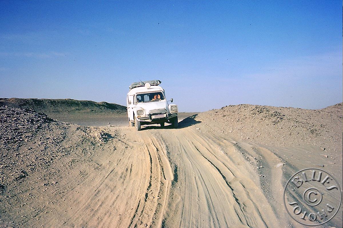 Pakistan - On démmarre la piste après la frontière Iranniene