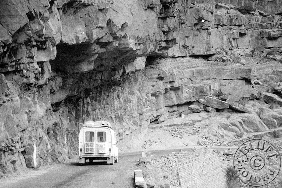 Pakistan - la 2CV en route pour le sud