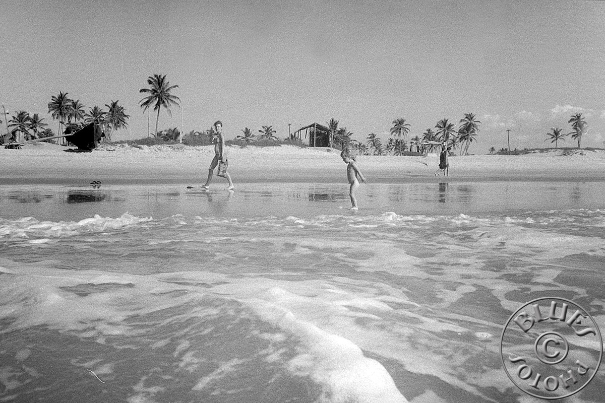 Goa - Christiane et Julie à la playa