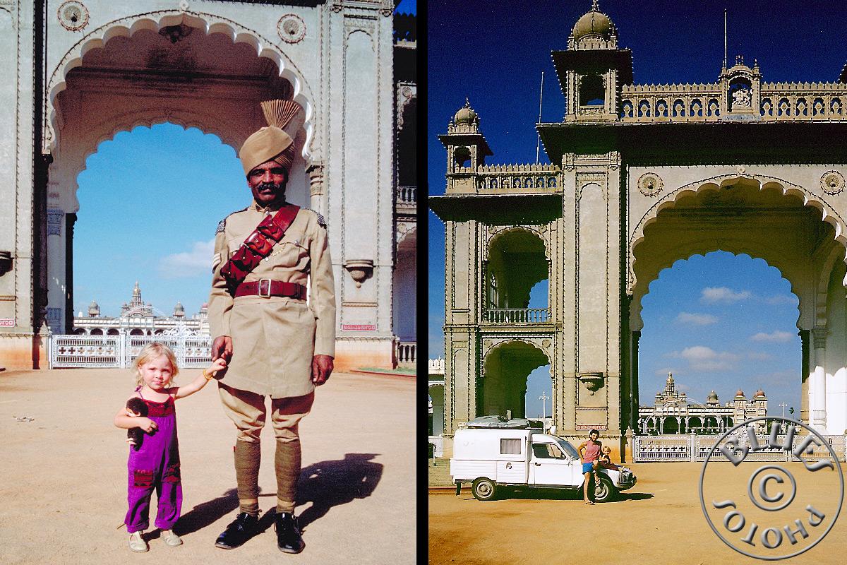 Mysore, on prend la pose devant le temple principal