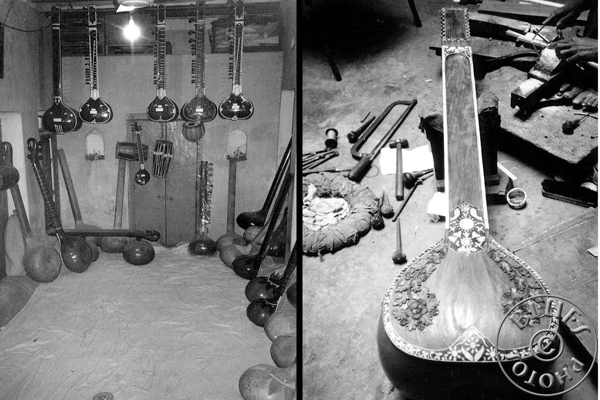Bénarès, expo de divers modèles. La fabrication du Sitar avance bien.